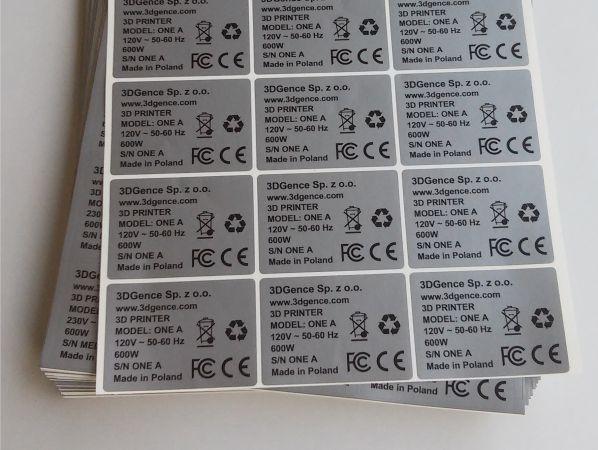 naklejki-srebrne-znamionowe-na-drukarki-3D-personalizacja